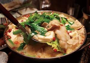 豆腐チゲ鍋イメージ
